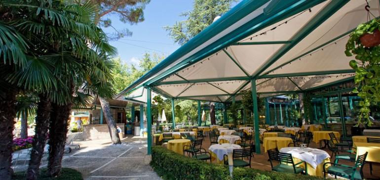 Riapre il nostro Pool-Restaurant